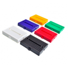 HR0245G Green 170 point breadboard with slot